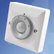 Danlers PIR Thermostats For Heating & Cooling